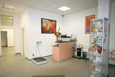 Wartezimmer der Tierarztpraxis Dr. Jörg Bauer in Berlin