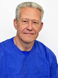 Jörg Bauer Fachtierarzt für Kleintiere in Berlin